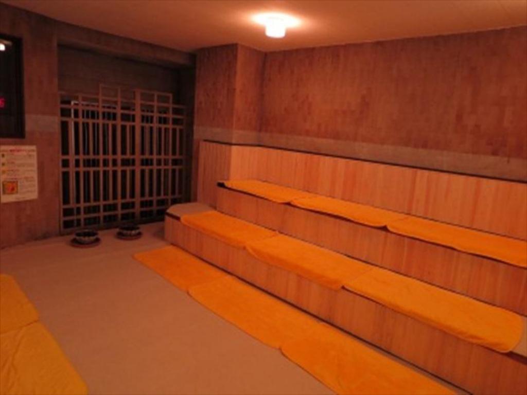 岡山車站住宿-好萊塢桑囊膠囊飯店站前店(便宜,岡山站前商店街上) @來一球叭噗日本自助攻略