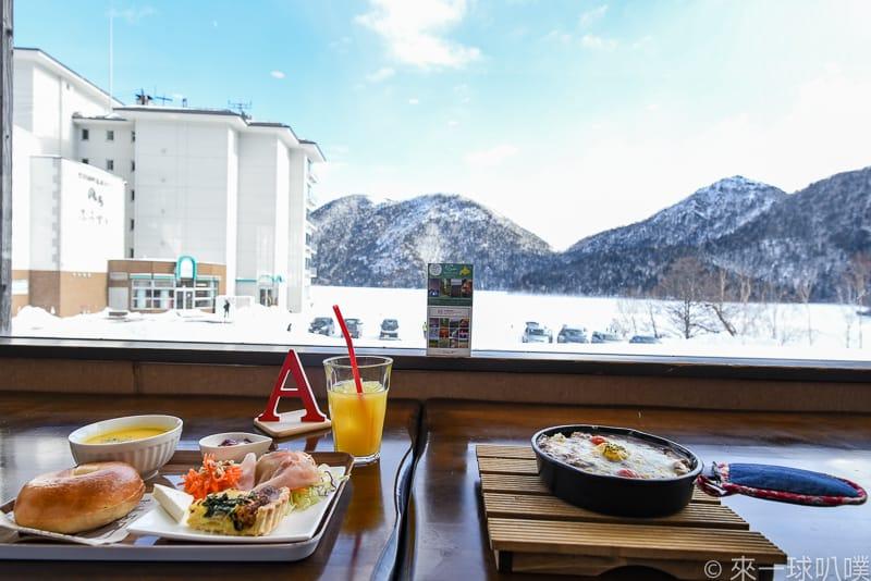 延伸閱讀:十勝然別湖畔温泉美食-Cafe mubanchi(然別湖美景餐廳,餐點好吃)