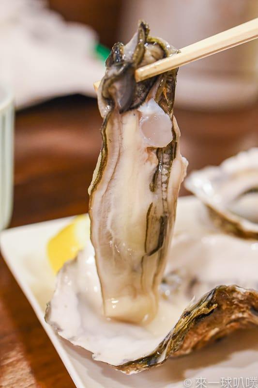 札幌二條市場海鮮丼-海鮮処魚屋の台所(滿滿海膽丼,飆高膽固醇)