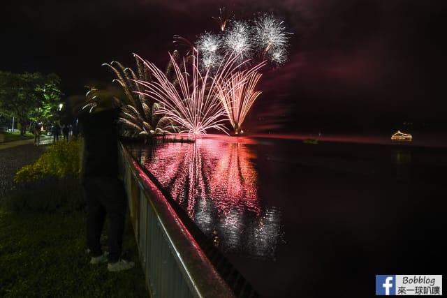 Toyako-Onsen-fireworks-4
