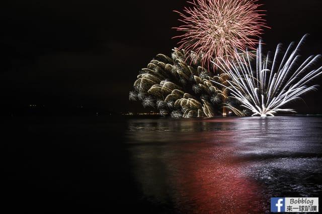 Toyako-Onsen-fireworks-7