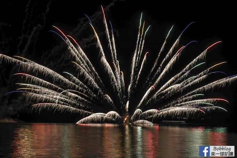 toya-lake-fireworks-10