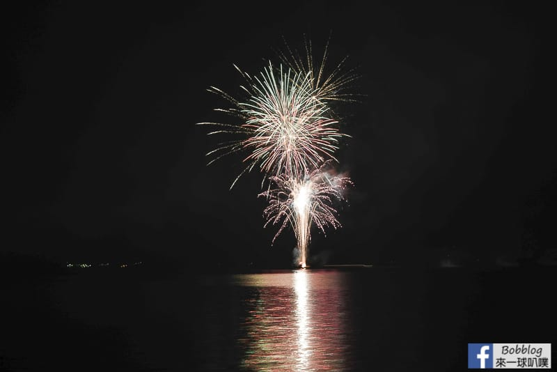 toya-lake-fireworks-14