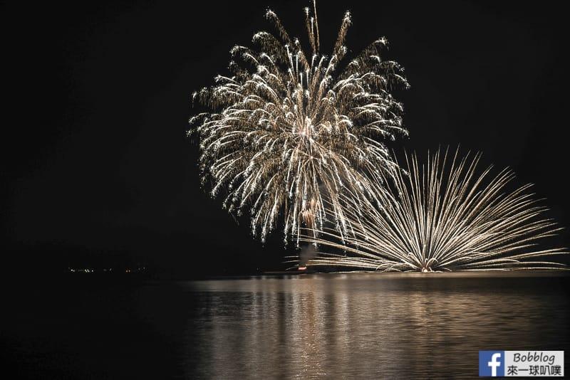 toya-lake-fireworks-15