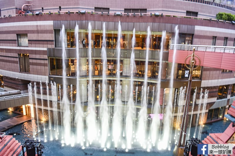 hakata-canal-city-Fountain-Show-10