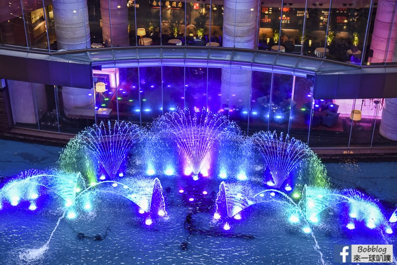 hakata-canal-city-Fountain-Show-12