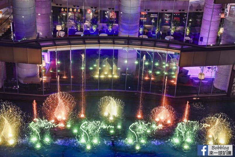 hakata-canal-city-Fountain-Show-22