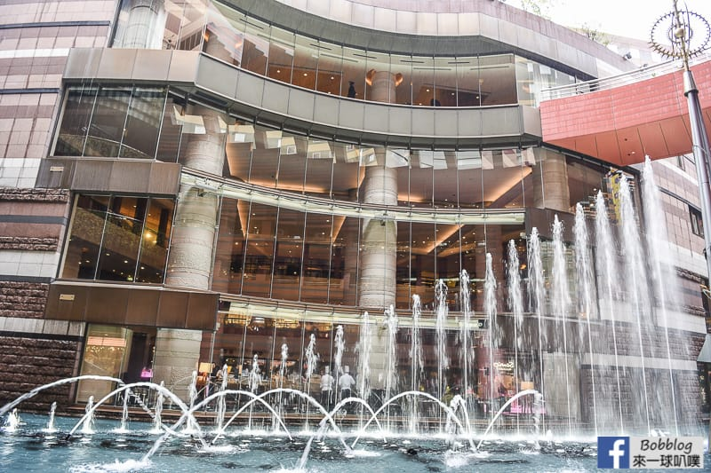 hakata-canal-city-Fountain-Show-3