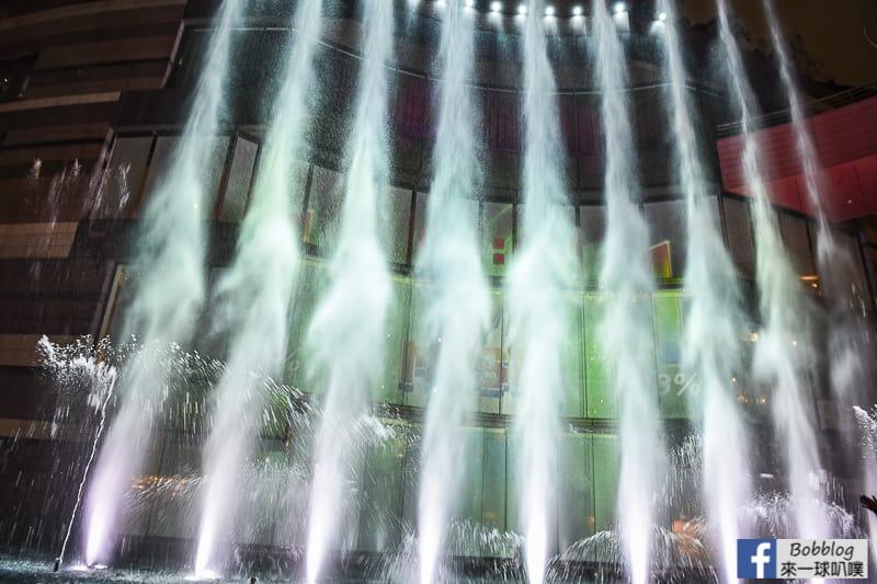 hakata-canal-city-Fountain-Show-43