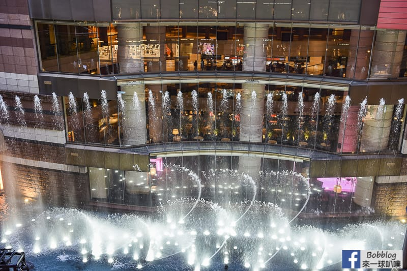 hakata-canal-city-Fountain-Show-9