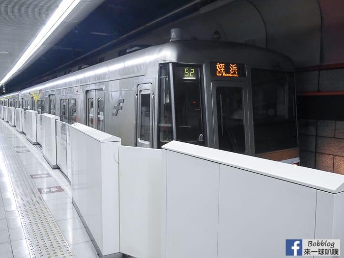 Fukuoka-subway-10