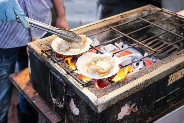 大阪黑門市場魚福烤扇貝