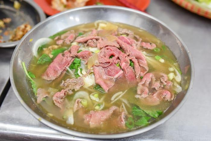 新竹越南小吃|明昌越式餐館(河粉、春捲、法國麵包)