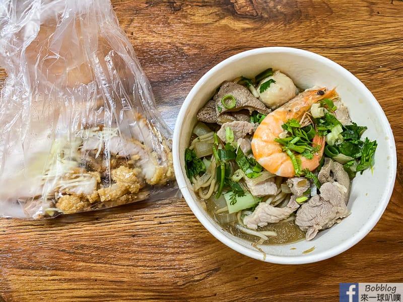新竹食品路美食|竹蓮什錦麵(用餐時段爆滿,炒麵粄條米粉小菜)