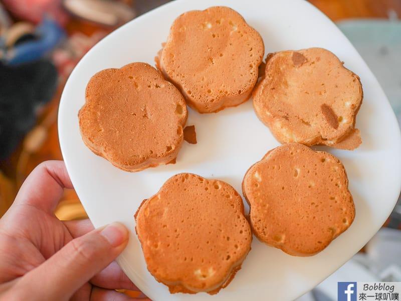 網站近期文章:新竹中正路梅花雞蛋糕(外酥內軟雞蛋糕,排隊銅板美食)