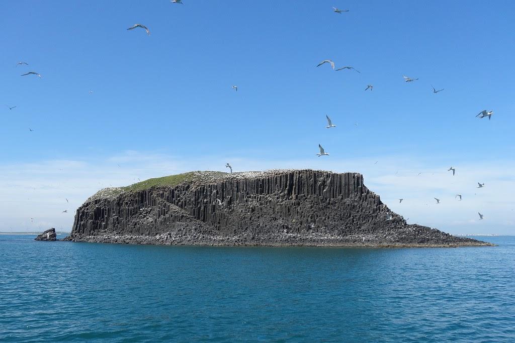 澎湖東海交通船時刻表、東海遊艇業者、東海一日遊行程整理
