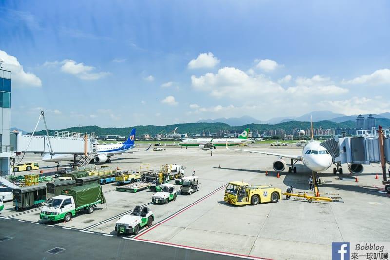 songshan-airport-30