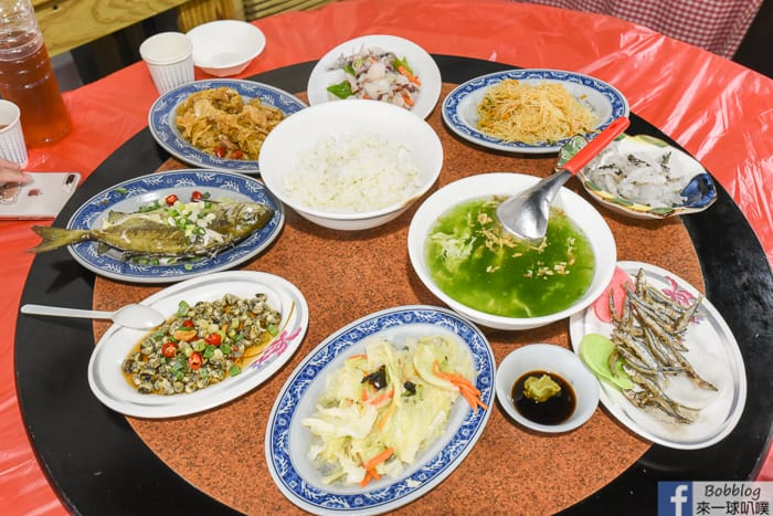 澎湖吉貝美食|別野餐廳(海鮮合菜無菜單料理,8菜1湯一人只要300)