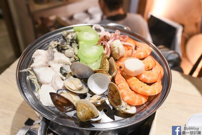 澎湖美食|鮮食堂海鮮蒸鍋(新鮮海鮮上蒸籠就美味,湯煮小捲麵線好鮮)