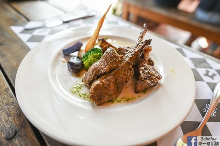 castle-restaurant-40
