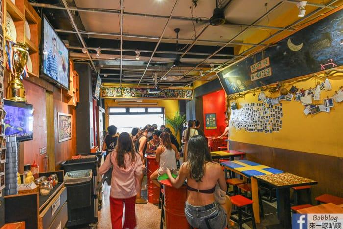Lyudao MR HOT DOG bar restaurant 3