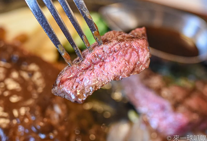 東京秋葉原美食-肉的萬世(肉控天堂,各式牛排,燒肉,漢堡排,壽喜燒)
