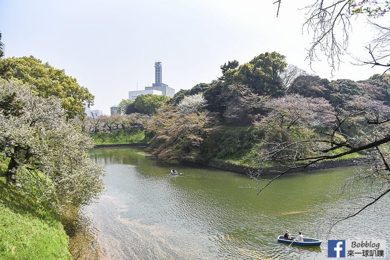 Chidorigafuchi Park boat 4