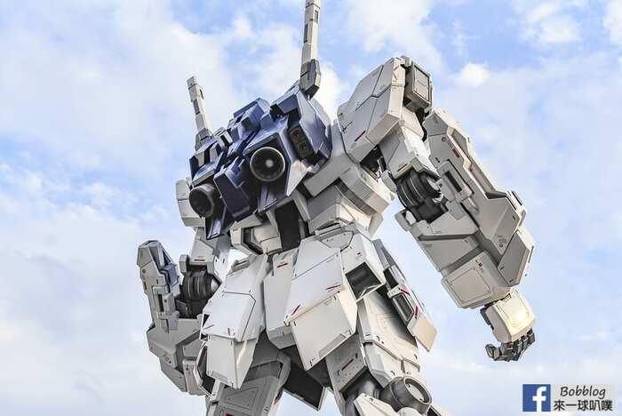 Unicorn gundam 11