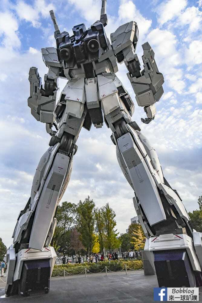 Unicorn gundam 12