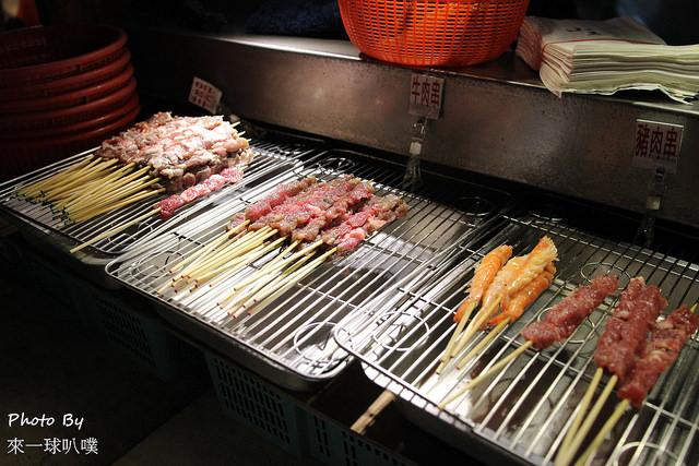 宜蘭羅東東門夜市美食 小春卜肉糕渣照燒皮蛋